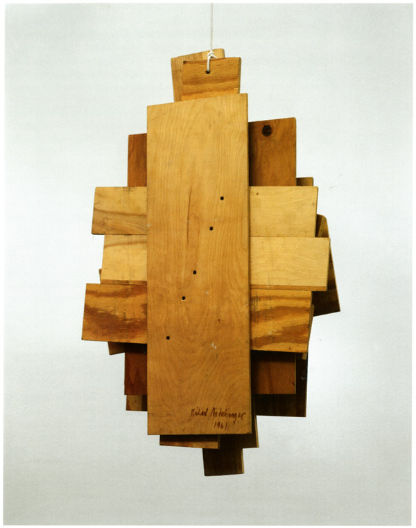Richard Artschwager Portrait Zero, 1961  Wood, screws, and rope 114,9 x 68,7 x 14 cm  Sammlung Michalke, Germany  © Estate of Richard Artschwager, VEGAP, Bilbao, 2020